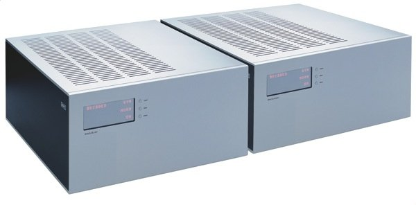 Soulution 710 Stereo Amplifier, 700 Monoblock Amplifier, and 720 Preamplifier (TAS 199)