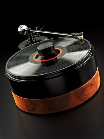 AMG Viella 12 turntable and arm