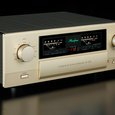 Accuphase E-370 integrated amplifier