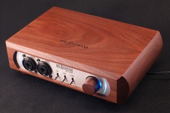 Blossom BLO-0299 Headphone Amp (Playback 34)