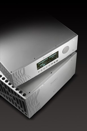 Boulder Amplifiers 1110 Pre-amplifier and 1160 Amplifier