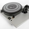 Kuzma Stabi R turntable