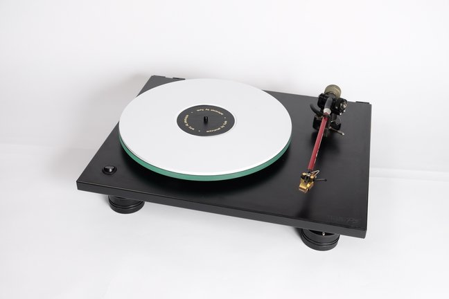 The Funk Firm Rage 1 modifications to Rega turntables