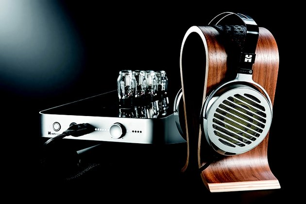 HiFiMAN Shangri-La Junior electrostatic headphone and valve-driven amplifier