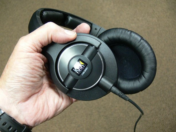 KRK KNS-8400 Professional Monitoring Headphones (Playback 47)