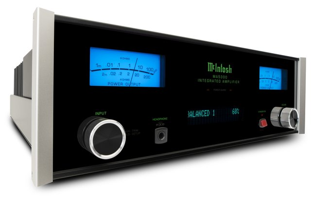 McIntosh's MA5300 amplifier delivers huge power, plus USB, turntable and headphone connectivity