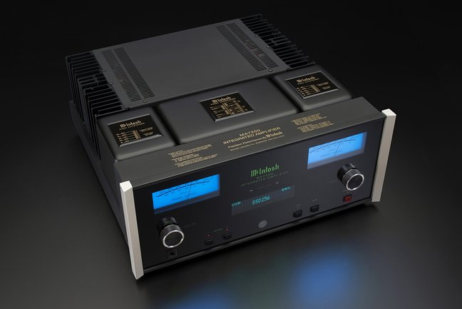McIntosh Announces MA7200 Integrated Amplifier and MAC7200 Receiver