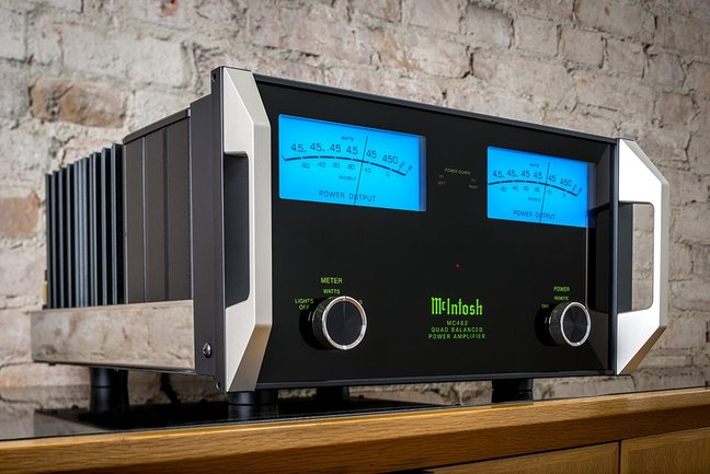 McIntosh Announces MC462 Quad Balanced Power Amplifier