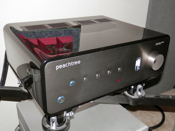 First Listen: Peachtree Audio Nova 220SE integrated amp/DAC/headphone amp