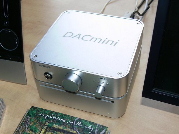 First Look & Listen: CEntrance DACmini CX DAC/Headphone Amplifier