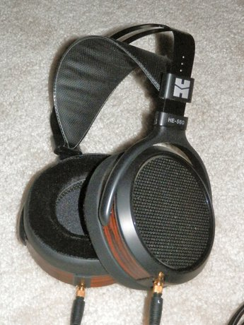 First Listen: HiFiMAN HE-560 Planar Magnetic Headphones