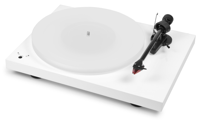 Pro-Ject Audio Debut Carbon SB turntable with Ortofon 2M Red cartridge