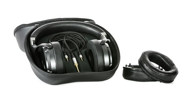 Quad ERA-1 planar magnetic headphones
