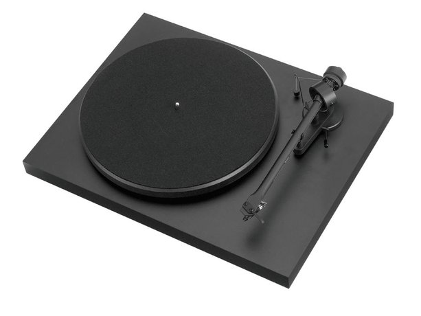 Rega P-1 Turntable and Ortofon OM5e Cartridge