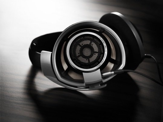 PLAYBACK 22: Sennheiser HD 800 Headphones