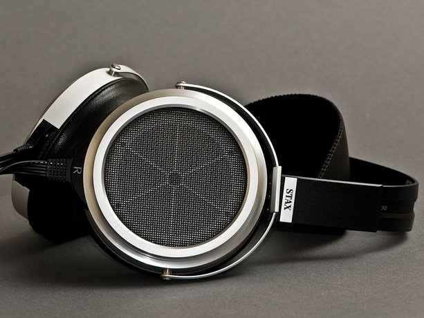 High-End Audio Buyer's Guide: Headphones Over $1000