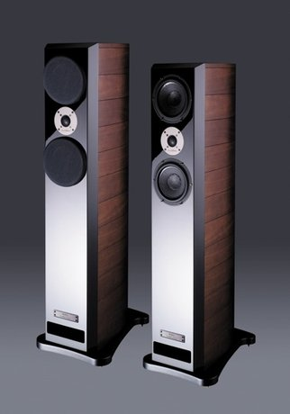 PLAYBACK 23: Usher Audio Mini Dancer Two floorstanding loudspeaker