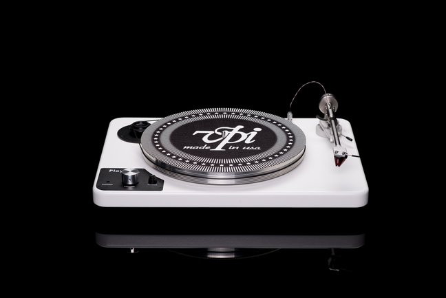 VPI PLAYER – THE AFFORDABLE ALL-IN-ONE