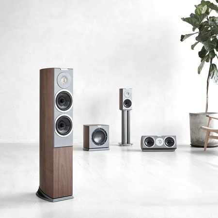 Audiovector Introduces New R-Series