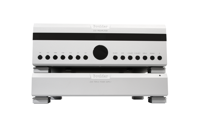 Boulder 2150 Mono Power Amplifier and 2110 Preamplifier