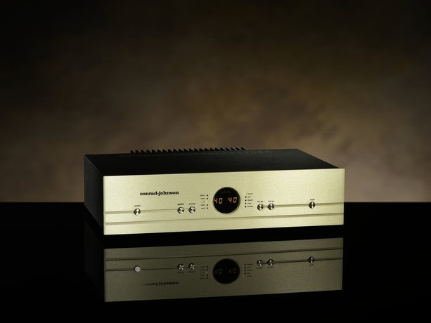 conrad-johnson CA150 integrated amplifier