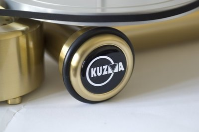 "Kuzma 12"" Stabi S-12 Turntable and Stogi S-12 Arm (Hi-Fi+ 80)"
