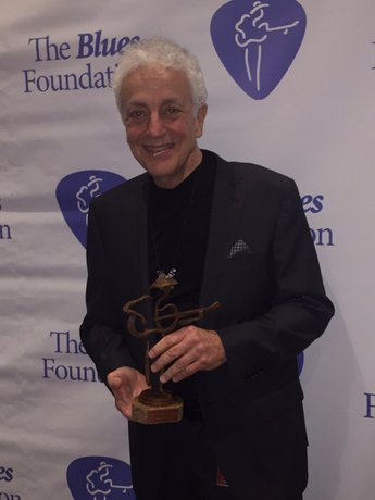 Doug MacLeod Wins 2016 Blues Music Award