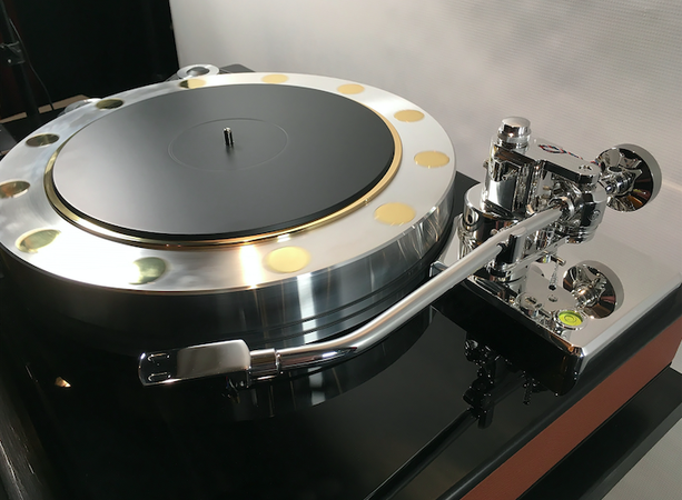 E.A.T. to Unveil New Ultra-High Performance Platter and Tonearm at AXPONA 2019