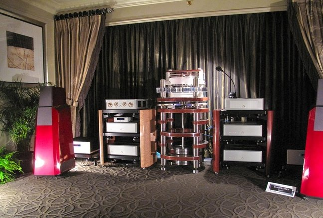 Best Intros at CES: Vandersteen Model Seven and Wilson MAXX Series 3 Loudspeakers