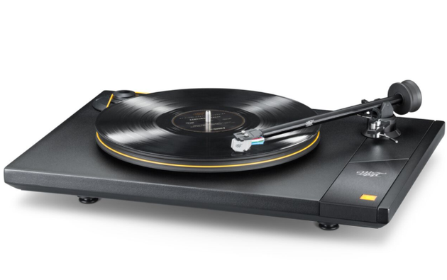 Mobile Fidelity's New Turntables and Electronics Available Now