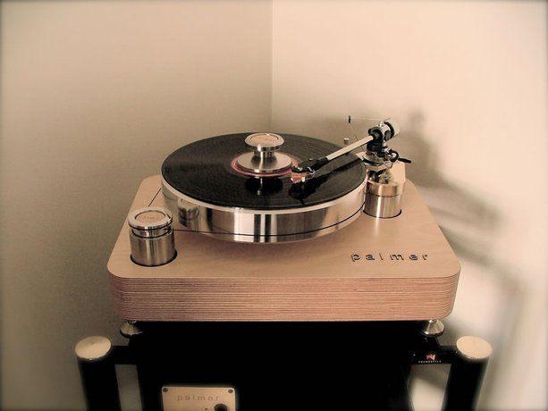 Palmer 2.5 Turntable