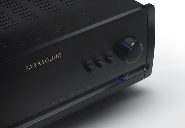 Parasound Introduces New Halo Integrated Amplifier and DAC