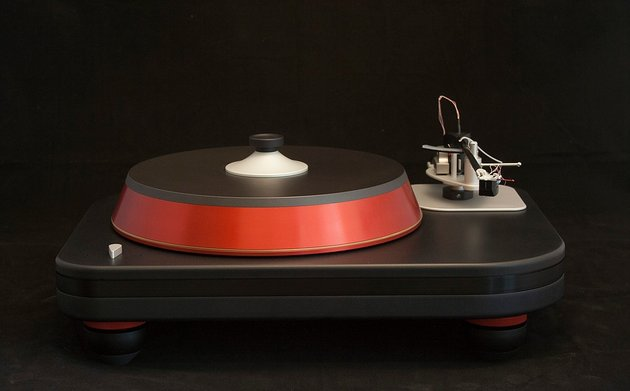 Spiral Groove Now Shipping Revolution Ultra-High-End Turntable
